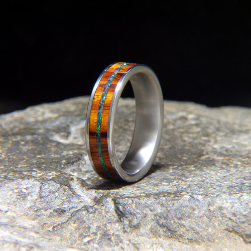 Black Opal Inlay Titanium